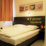 Pionier Hotel Hamburg-AB 25 EURO/PERSON