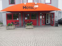 Motel 24h Köln - West