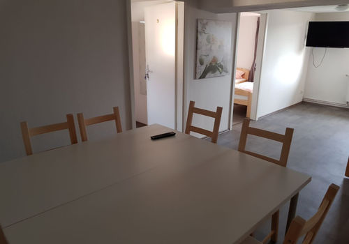 Pension Monteurzimmer Neuental ab 15 € (speak polish)